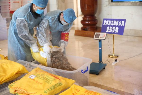 Breaking the petri dish for growing epidemics