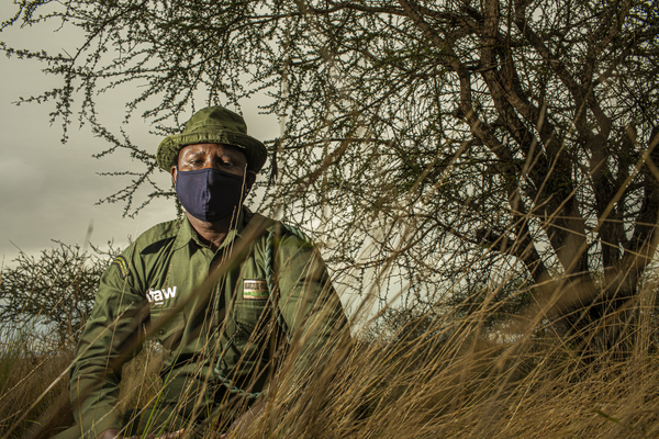 Les écogardes locaux en Afrique continuent de protéger la faune sauvage malgré le COVID-19